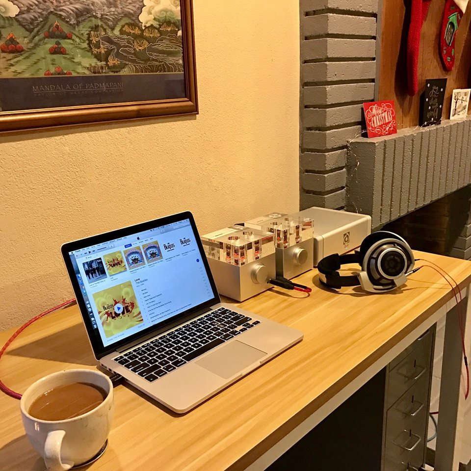 """Work can be fun"" with Woo Audio's great home office setup!"