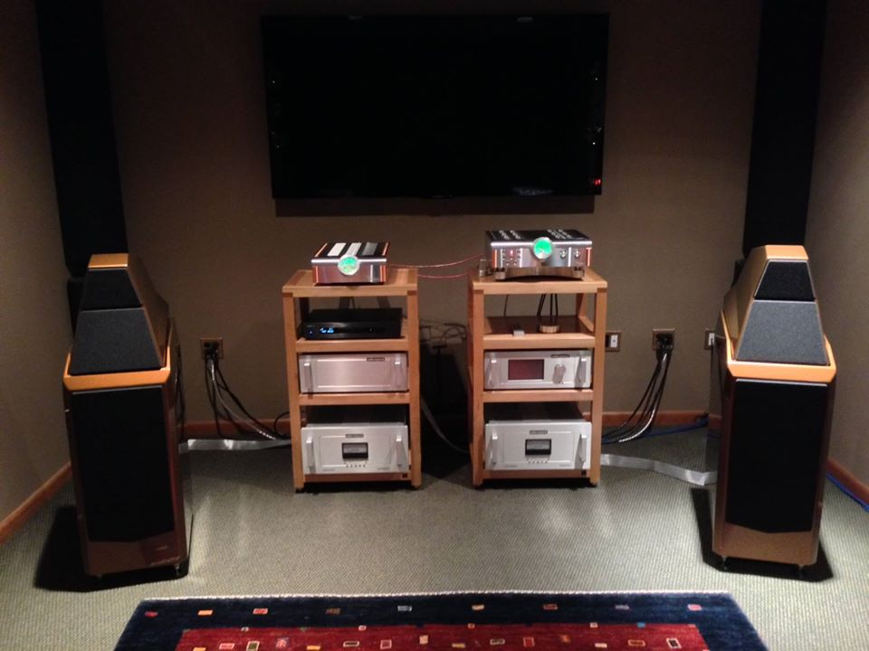 "JS Audio's Room 4 system! ""Wilson Audio's Sasha 2 loudspeakers and a full dCS Vivaldi Digital front end. Your choice of Audio Research Corporation's Reference 10/ Reference 250 tube electronics, or Dan D'Agostino 