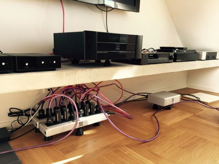 """""""The QX4 has made an unbelievable difference to the sound on my system. Quite extraordinary !"""" - Nav Garayal"""