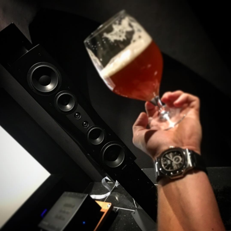 """Some of my favorites ☺️#highendaudio #hegel #dynaudio #nordost #tyr2 #hjemmekino #lydogbilde #music today- #metallica #beer #IPA #homebrewed #vestkyst #patekphilippe #5726 #pateknautilus #cheers #tidssonen #klocksnack #7fjell "" - 7fjell Very nice!"