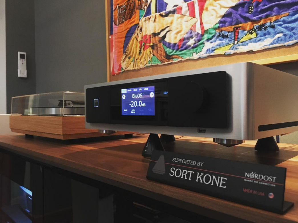 Audiovisionaries has their Sort Kones on display, supporting their NAD Electronics M12 Digital Preamp